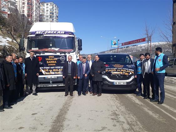 Yozgat'tan Elazığ Ve Malatya'ya Yardım Tırları Uğurlandı